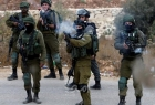 رام الله: إصابات بالاختناق خلال اقتحام قوات الاحتلال أطراف حي الطيرة