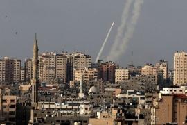 اطلاق رشقات صاروخية على بلدات إسرائيلية وصفارات الانذار تدوي - فيديو
