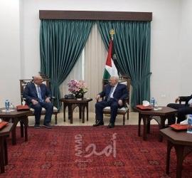 الرئيس عباس يستقبل السفير القطري محمد العمادي