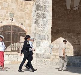 """مستوطنون يقتحمون ساحات """"الأقصى"""" في القدس"""