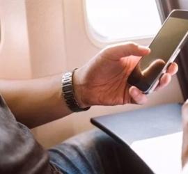 راكب يثير الرعب على متن طائرة بسبب مكالمة