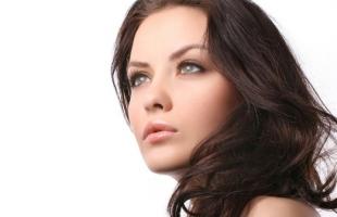 تفتيح لون الشعر بمكونات طبيعية