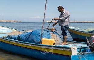المركز الفلسطيني يستنكر استمرار الاعتداءات الإسرائيلية ضد الصيادين الفلسطينيين