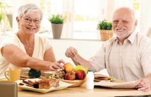 5 أطعمة صحية لكبار السن