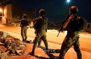 نادي الأسير: قوات الاحتلال تعتقل عشرة مواطنين على الأقل من الضفة بينهم مواطنة