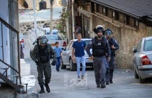 القدس: شرطة الاحتلال تعتدي على شاب وتعتقله بالقرب من باب العامود