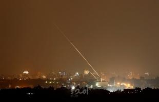 محدث بالفيديو والصور.. إعلام عبري: (4) إصابات نتيجة سقوط صاروخ غزة على منزل في سديروت