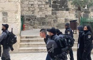 القدس: شرطة الاحتلال تعتقل أبا ونجله من بلدة عناتا
