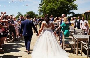 قبل الزفاف.. عروس تفاجئ المعازيم بطلب غريب