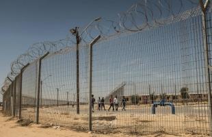 محكمة الاحتلال تمدّد اعتقال الأسير نضال أبو عكر 4 شهور إداريًا