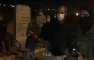 مستوطنون يهاجمون مركبات المواطنين جنوب جنين ونابلس