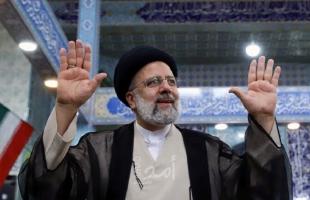 """عهد رئيسي يبدأ """"الثلاثاء"""" في إيران بأولوية الاقتصاد ومباحثات النووي"""