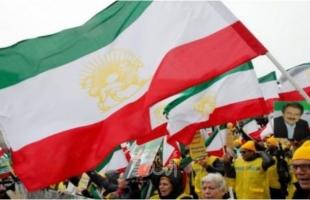 """خاتمي ونجاد ينتقدان معاملة """"الأمن الإيراني"""" للمتظاهرين في خوزستان"""