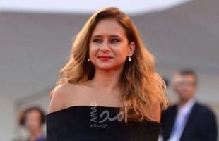 """""""نيلي كريم وهشام عاشور"""" يكشفان لأول مرة كواليس زواجهما المثير .. فيديو"""