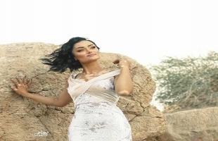 أميرة عراقية مصابة بمرض نادر زاد جمالها وتطمح لمنافسة حسناوات العالم