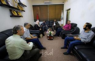 غزة: وفد من منتدى الإعلاميين يبحث آفاق التعاون مع إذاعة نماء