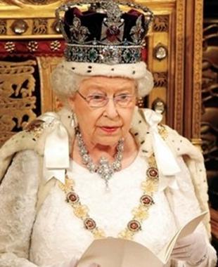 طاهٍ ملكي يكشف عن الوجبة الخفيفة المفضلة للملكة إليزابيث