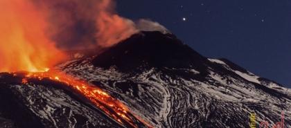 بركان جزر الكناري يدخل أعنف مراحله