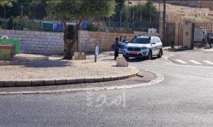بالصور .. القدس: شرطة الاحتلال تحرر مخالفات للمواطنين لعدم ارتداء الكمامة في رأس العامود