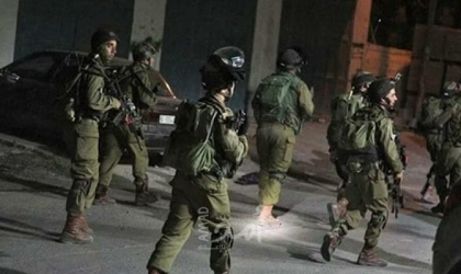 رام الله: قوات الاحتلال تقتحم شركة جوال بالبيرة وتصادر تسجيلات منها