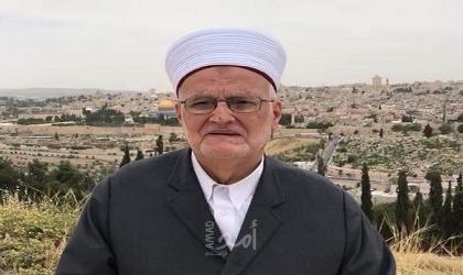 سلطات الاحتلال تُقرر إبعاد عكرمة صبري عن المسجد الأقصى