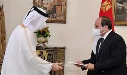 في رسالة نقلها وزير الخارجية.. أمير قطر يدعو الرئيس السيسي لزيارة الدوحة