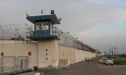 إدارة سجن عسقلان تفرض عقوبات تعسفية بحق أسرى الجهاد المضربين عن الطعام